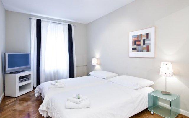 Апартаменты Jenatsch Apartments комната для гостей