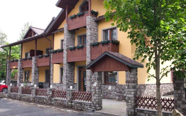 Отель Кексгольм Приозерск вид на фасад