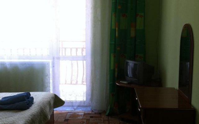 Гостиница Уральский в Сочи 3 отзыва об отеле, цены и фото номеров - забронировать гостиницу Уральский онлайн комната для гостей