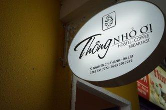Thong Nho Oi Hostel