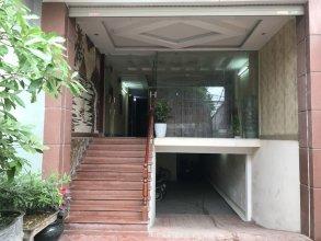 SPOT ON 693 Hoang Long Hotel