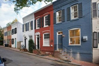 Cozy Home in Prestigious Georgetown