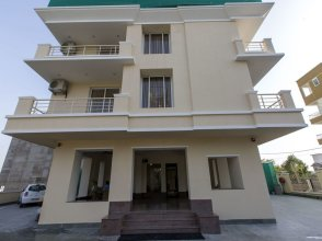 OYO 8445 Zade House