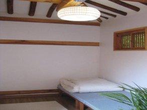 Todaki Guesthouse (토다기 게스트하우스)