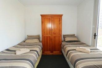 2 Beds 1 Bath beside QV Melbourne