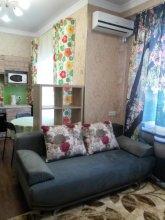 On Tyulpanov 3 Apartments