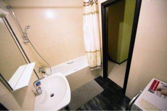 Apartments Kubanskaya Naberezhnaya 64