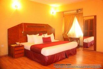 Colonades Hotel