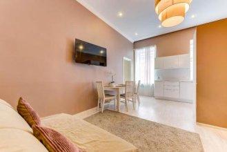 Apartment Nevsky Prospekt 20