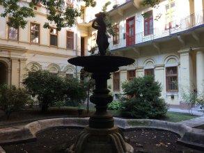 Liszt Studios Apartment