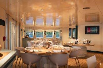 Haumana Cruises - Bora-Bora to Taha'a (Monday to Thursday)