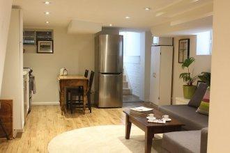 Applewood Suites - Danforth Basement