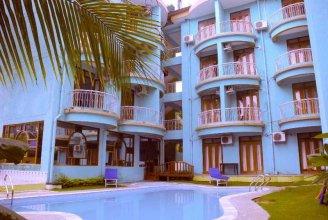 Jessica Saffron Beach Resort
