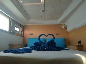 Discover Catamaran Phuket - LAGOON440