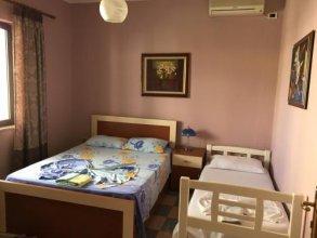 Hostel Grande House