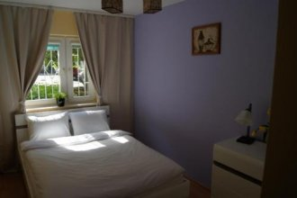 Chmielna by Rental Apartments