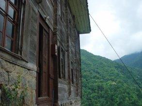 Demircioglu Ortan Köyü Konagi