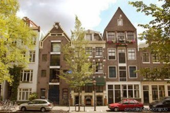 Rembrandtplein Bed & Breakfast