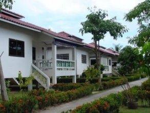 New Sunrise Village Bang Po Beach
