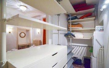 Gaudenzio Ferrari Halldis Apartments