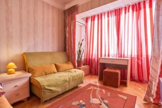 Home Hotel Apartments on Livoberezhna