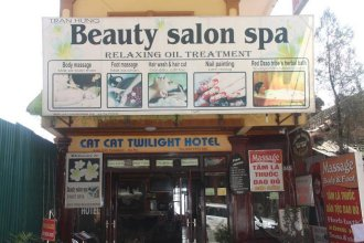 Cat Cat Twilight Hotel