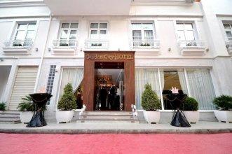 Golden City Hotel & My Spa