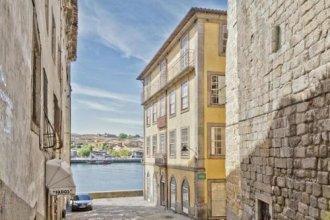 Oporto Home River Front
