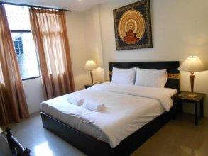 The Bang Khun Phrom Suites