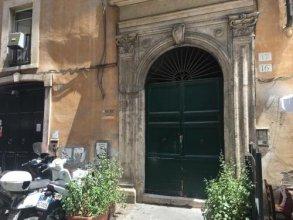 Piazza Navona Corner