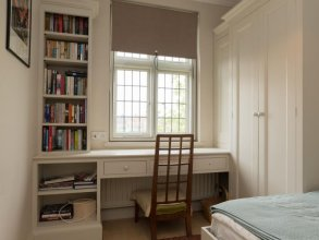 Veeve  4 Bed House On Magdalen Road Wandsworth