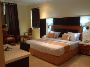 De Meros Hotel And Suites