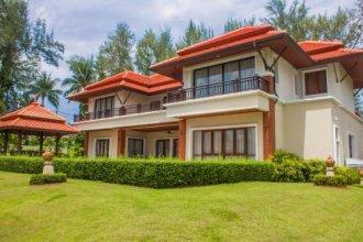 Villa Suparuek By Phuket Marbella