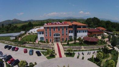 Gardenland Resort