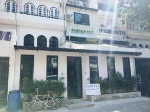 Baby Blue Inn Bangkok
