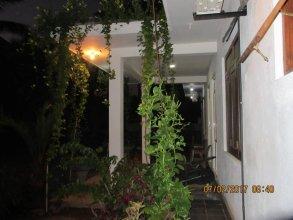 Yoho Aradhana Holiday Home
