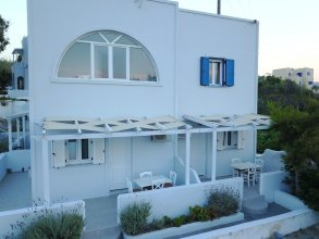 Galini Oia Pension - Adults Only