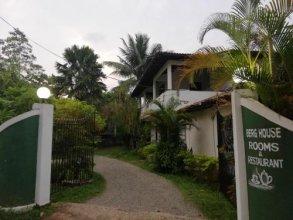 Berg House Unawatuna