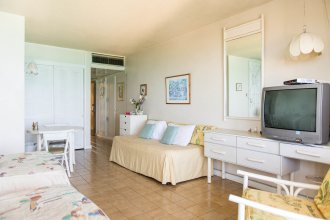 Sky Box Beach Suite at Montego Bay Club