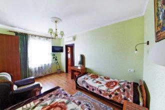 Apartment on Krasnozelyonykh