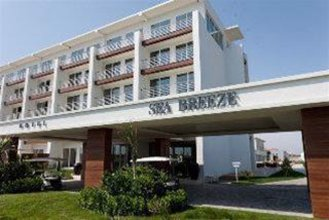 Sea Breeze Residences & Hotel