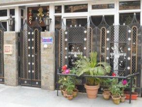 Delhi Expats GuestHome