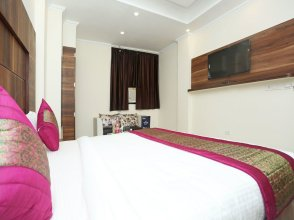 Hotel Aerostay Inn