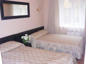 Отель Макаров