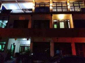 Queen Elena Hotel - Hostel
