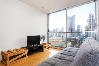 Location & Luxury in Central of Melbourne 1207