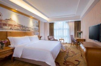 Vienna Hotel Shenzhen Bantian Wuhe Avenue Branch