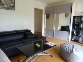 Spacious 1BR with balcony