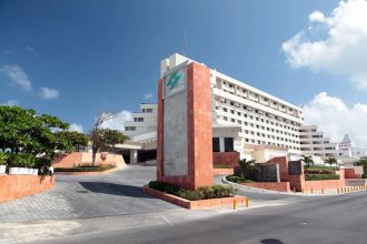 Club Royal Solaris Cancun - Premier All Inclusive
