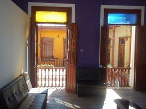 Mango Hostel Bed & Breakfast